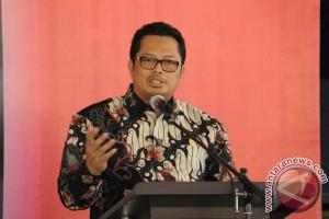 MPR minta pemerintah buka Moratorium PNS untuk atasi kekurangan guru