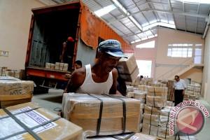 1.130 kotak naskah soal UN SMP tiba di Langkat