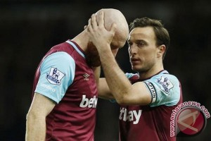 West Ham lewati MU setelah cukur 3-0 West Brom