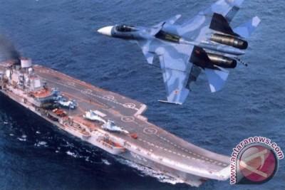 Rusia akan percanggih kapal induk Kuznetzov pada 2017