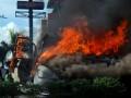 Kebakaran Mobil Diparkiran