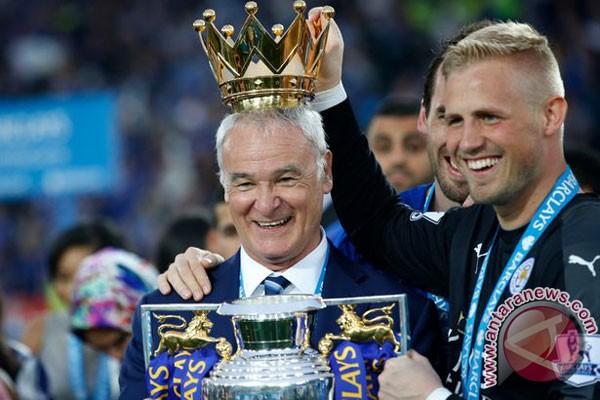 Ranieri dipecat, Mancini dikontak Leicester City