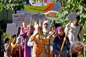 Pawai Hardiknas Di Semarang