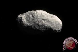Astronom temukan komet tidak berekor
