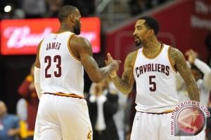 Playoff NBA - Hujan lemparan tiga angka antar Cavaliers memimpin 2-0
