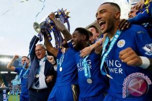 Leicester pecahkan rekor transfer klub dengan merekrut Slimani