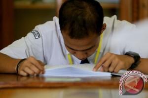 12 anak berkebutuhan khusus ikut UN SMP