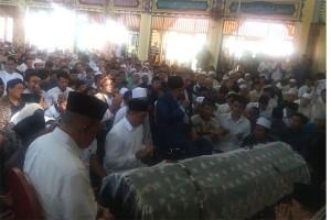 Berdoa Bersama Untuk Hj. Tuty Alawiyah