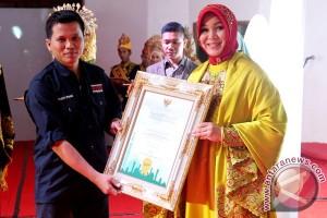 Penghargaan Madani Award