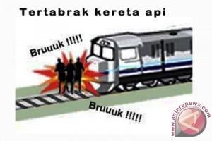 Seorang pria tewas tertabrak kereta api Padang
