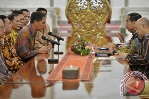 """Presiden punya """"feeling"""" Indonesia menang Thomas-Uber"""