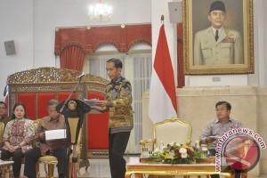 Presiden Jokowi rapat kabinet bahas ekonomi