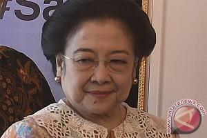 Megawati hadiri Tomohon International Flower Festival