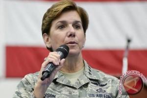 Jenderal perempuan bintang empat jadi panglima komando Utara