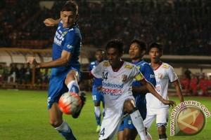 Bali United beri beasiswa 10 pemain muda