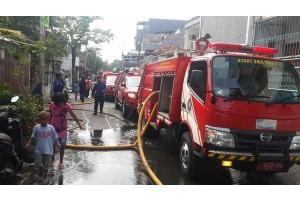 Kebakaran di dekat UNJ mulai dilokalisir