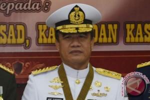 Kasal lepas 159 calon haji TNI AL