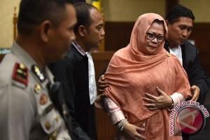 Dewie Yasin Limpo dituntut 9 tahun penjara
