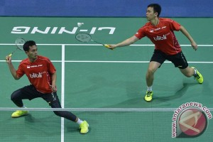 Hendra/Ahsan antar Indonesia pimpin 2-0 lawan Hong Kong