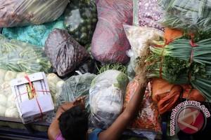 Pemasok sayur mayur di Cianjur merugi puluhan juta