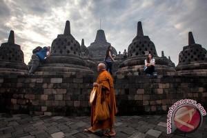 Pemerintah akan batasi jumlah pengunjung naik plataran Borobudur