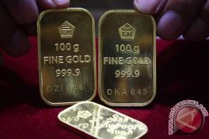 Emas turun tertekan penguatan dolar AS