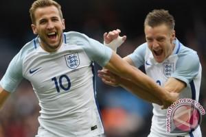 Kane berkongsi dengan Vardy di Piala Eropa 2016