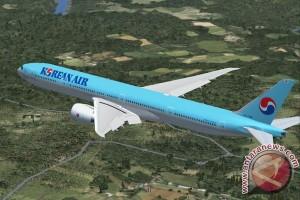 Mesin Boeing B-777-300 Korean Air keluarkan api di Jepang