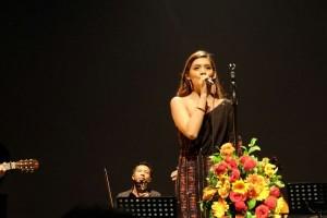 Konser intim dari Monita Tahalea