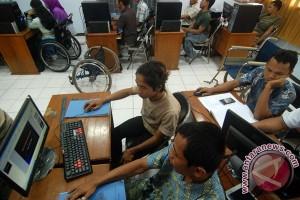 250 penyandang tuna daksa Cirebon peroleh bantuan