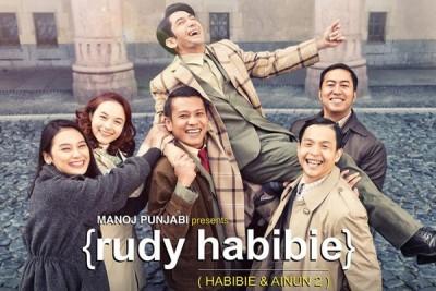 """""""Rudy Habibie"""" raih Film Terpuji FFB 2016"""