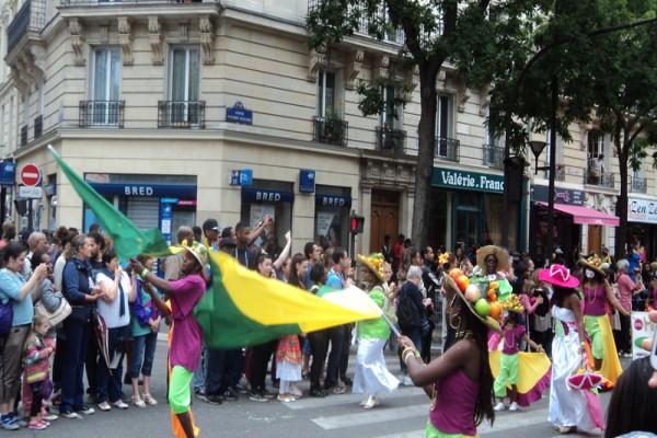 Indonesia promotes arts cultures in carnaval tropical de paris 2016 antara news - Carnaval tropical de paris 2017 ...