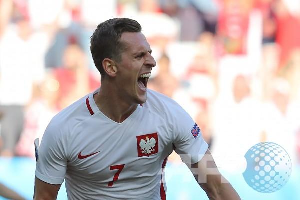 Klasemen Grup E Kualifikasi Piala Dunia Zona Eropa, Polandia Memimpin