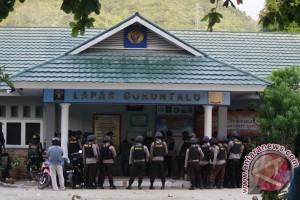 Narapidana di lapas Jambi ricuh, ratusan polisi dikerahkan