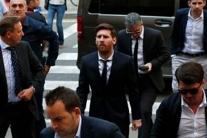 Kampanye dukungan Barcelona untuk Messi undang kecaman