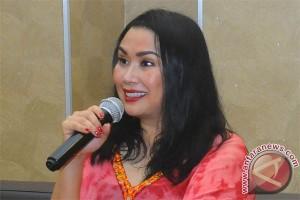 Duet Afgan dan Titi Dj membius warga Bandung