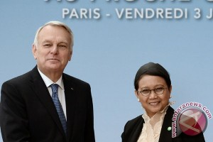 Pertemuan Paris proses penciptaan negosiasi baru Palestina-Israel
