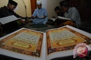 China publikasikan salinan Alquran tulisan tangan tertuanya