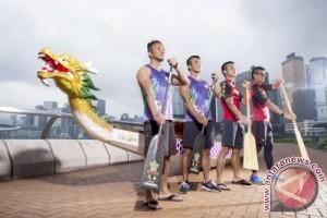 Hong Kong merayakan Dragon Boat Festival dengan balap perahu dan pesta selama 3-hari