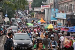 Ruas jalan Kota Bogor mulai padat