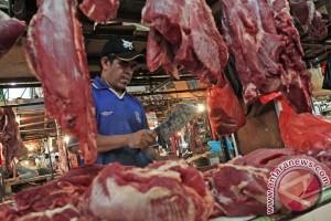 Jelang Lebaran Ketupat permintaan daging sapi melonjak