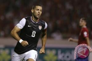 Clint Dempsey antar AS ke final Piala Concacaf
