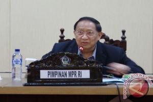Wakil Ketua MPR-RI reses di Sulut