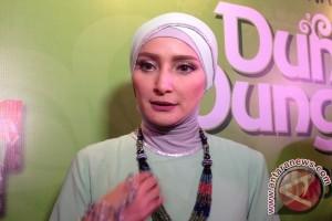 Kiat Inneke Koesherawati ajari anak puasa