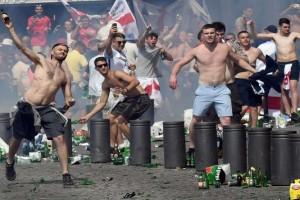 Euro 2016 - Seorang hooligan disanksi lima tahun akibat ribut suporter