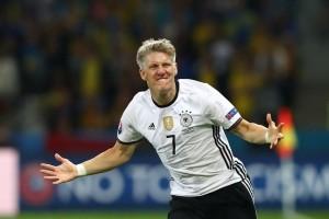 Jerman bungkam Finlandia 2-0