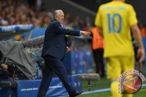 Pelatih Ukraina sebut Jerman bermain seperti mesin