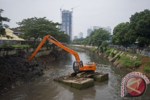 Earth Wire -- Jakarta succeeds in saving 66 kelurahans from flooding this year