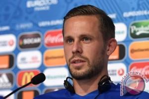 Pemain termahal Everton berharap dapat lakukan debut pada Senin
