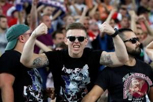 Euro 2016 - Kremlin sebut kekerasan suporter tidak bisa diterima